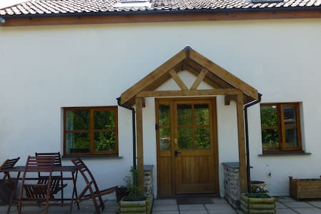 Lovely spacious barn conversion - Braunton - Casa