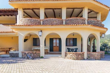 Appartamento in villa C - Apartment