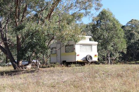 Caravan in The Valley - Camper/Roulotte
