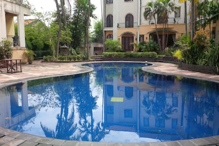 Room type: Private room Property type: House Accommodates: 2 Bedrooms: 1 Bathrooms: 1