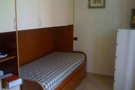 Rent room - Apartment