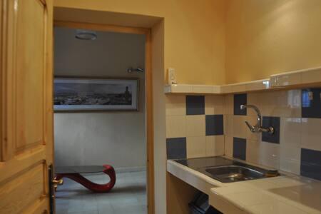STUDIO MEZZANINE CASBAH TANGER - Tanger - Appartement