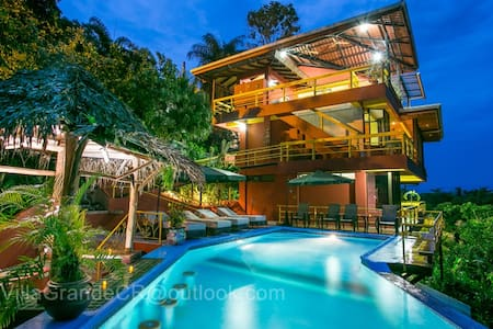 Villa Grande - Pacific views for 14 - Manuel Antonio - House