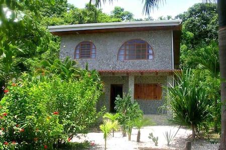 Casa Piedras - Carmen Beach