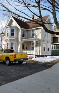 Quaint Victorian in Meriden - Meriden - Huis