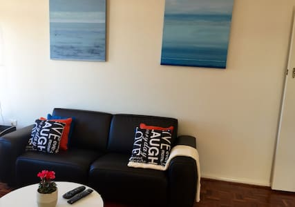 Bondi Beach - 2 Bedroom Unit