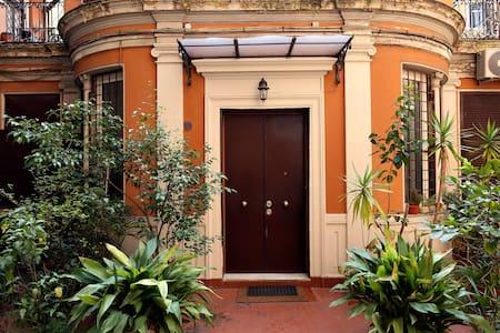 Opera Rome Apartment