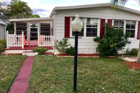 2bd/2ba house, safe, beach close - Coconut Creek - Haus