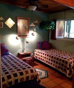 Labyrinth Room in The LaunchPad Bed and a Bagel - Penzion (B&B)