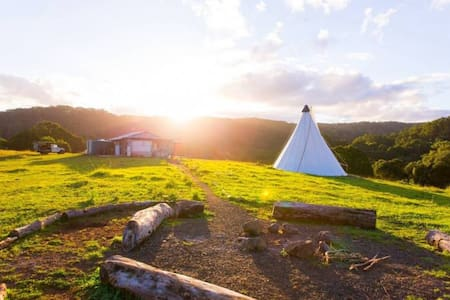 The Hidden Valley Tipis - Rosebank - Khemah Tipi