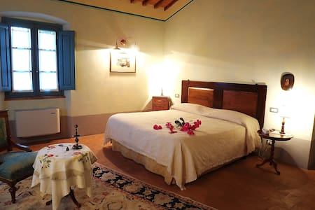 Hotel Room - Le Terre dei Cavalieri - Cortone - Bed & Breakfast