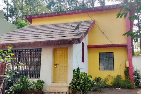 Quiet Villa In Panchgani - Hus