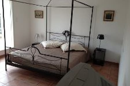 Country side, big bedroom with lounge/terrace - Dom