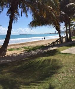 Isla Verde Beach, Relax & Enjoy - Carolina