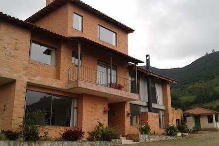 SolMayo Casa Quinta-TABIO- - House