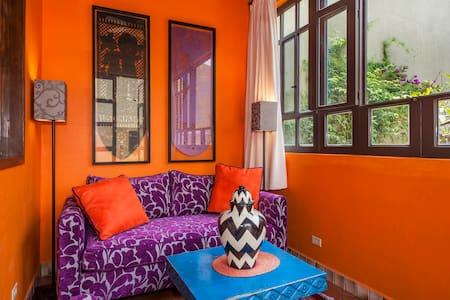 Casita tranquila - 2nd floor casita close to town. - San Miguel de Allende - Apartment