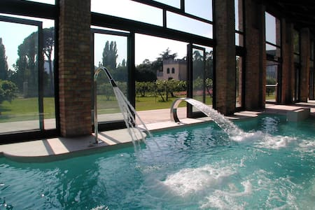Ulivi - Castle with heated pool and organic wines - Castle