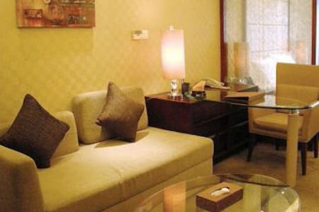 Apartment available in Sun. to Thu.
