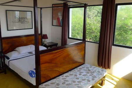 3 bedroom sea view unit for 6-7 guests - Szoba reggelivel