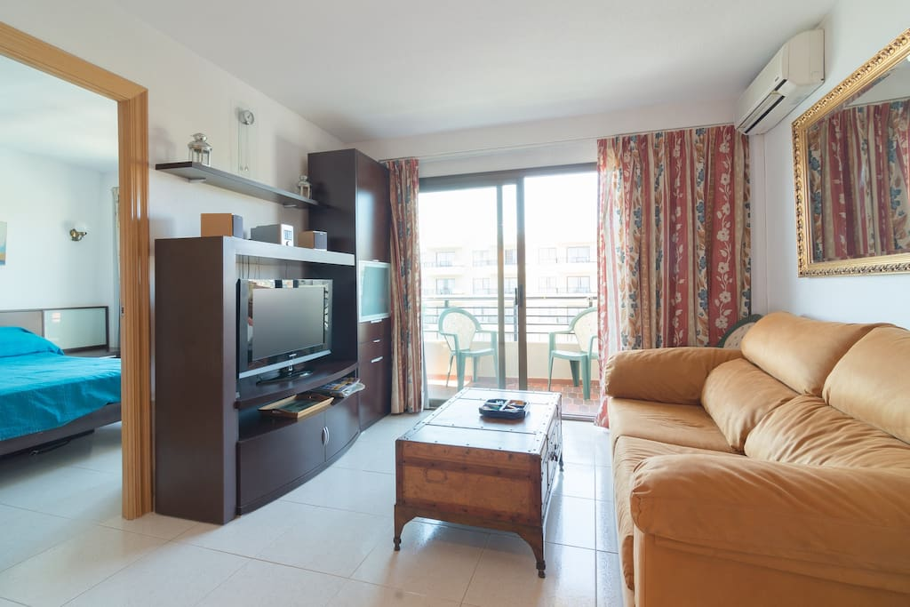 ideal apartment in hotel on beach