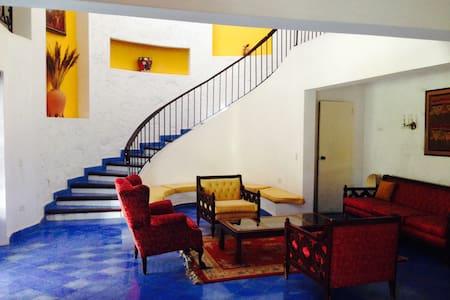 Stunning, vintage Caribbean villa!
