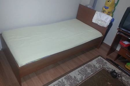 A room in an apartment-citycenter - Bursa - Bed & Breakfast