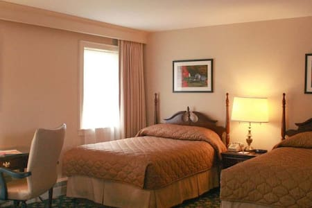 Courtyard Annex – Pet Friendly - Middlebury - Bed & Breakfast