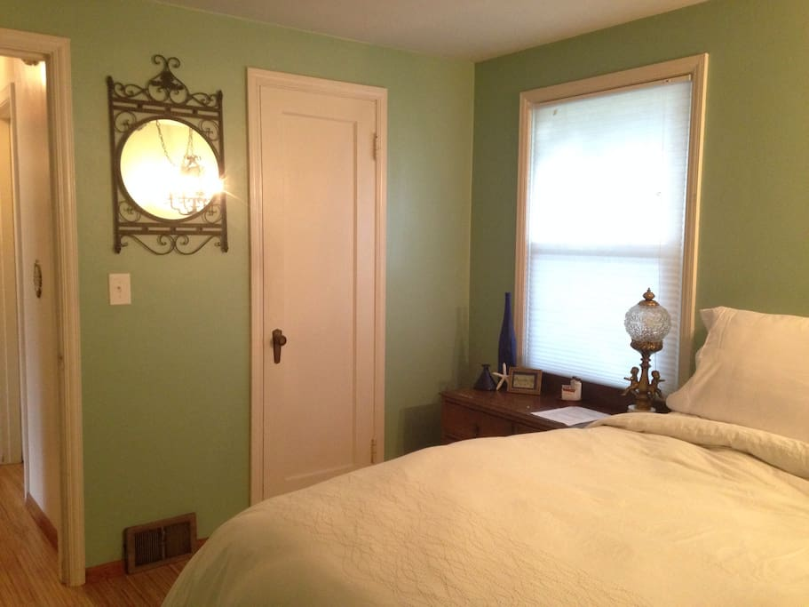Private Suite in lovely Burien!