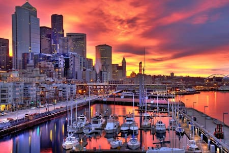 Stunning Downtown Seattle view! - Apartment