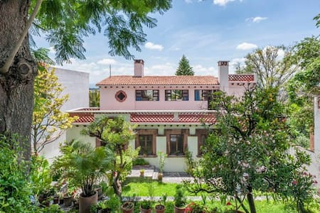 Casa Grande on Chorro, Lots of light, big gardens - San Miguel de Allende - Haus