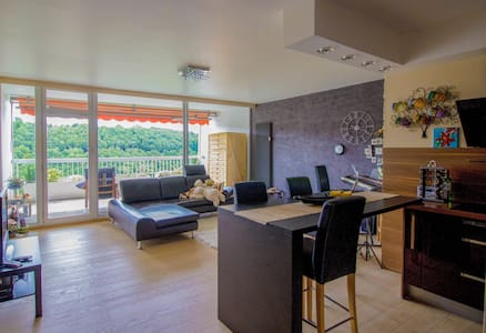 2bd/2bath, wow view, pool & gym - Luxembourg city - Lakás