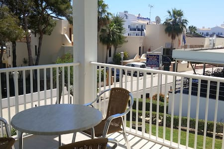 Apartment 1 min away from the beach - Felanitx