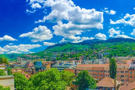 Downtown Rooftop Amazing Apartment - Sarajevo