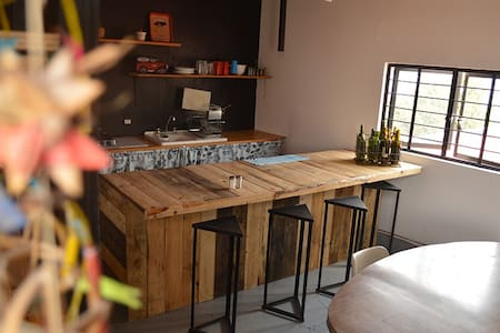 Cool & Comfy Loft- Check it Out! - Guadalajara - Loft