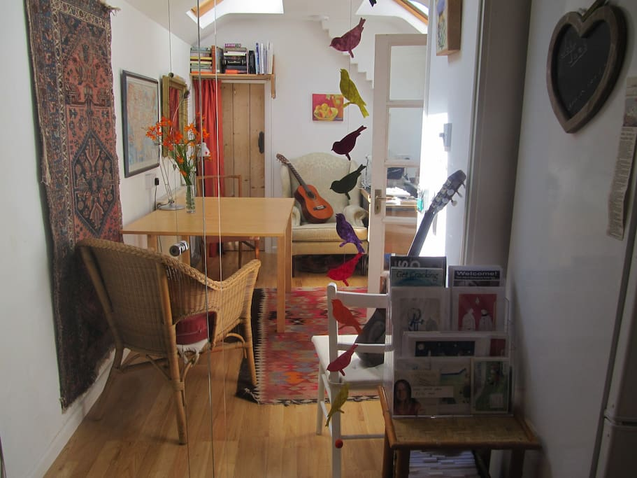 Rent Room Bristol Artist