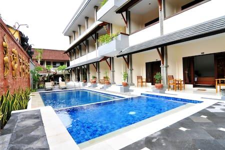 Jesen's Inn II Kuta Bali
