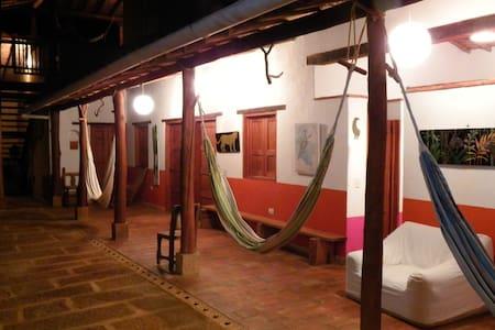 Arte y hospedería en Barichara - Jiné