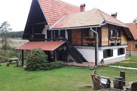 Etno-House - Zlatibor