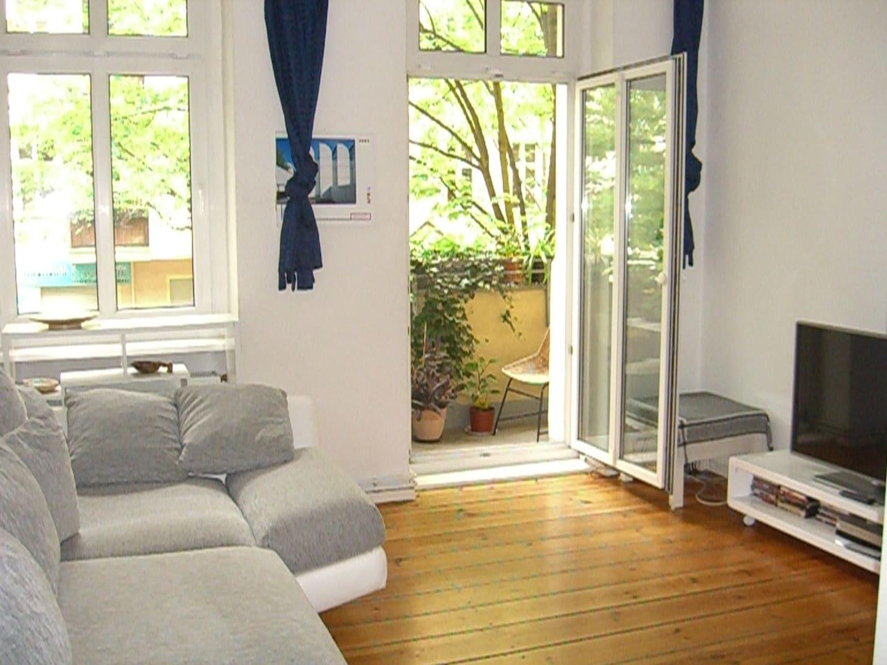 Balcony room near Mauerpark