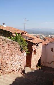 CASA CASTILLO EN CASCO ANTIGUO - Villafamés - House