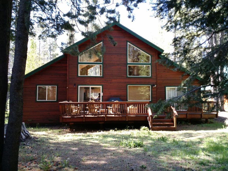 Updated Tahoe Donner 2BR 1BA Home
