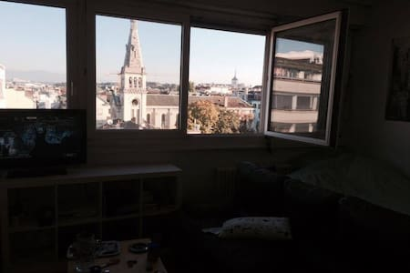 Awesome studio wunderbar location. Bam. - Genève - Apartment