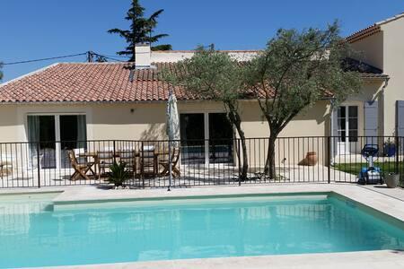 jolie maison en Provence. - Sérignan-du-Comtat