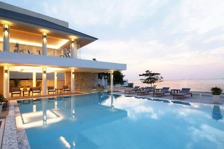 [V_SB_1] 4BR BEACH HOUSE - Pattaya - Villa