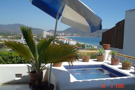 Ixtapa con linda vista al mar - Villa