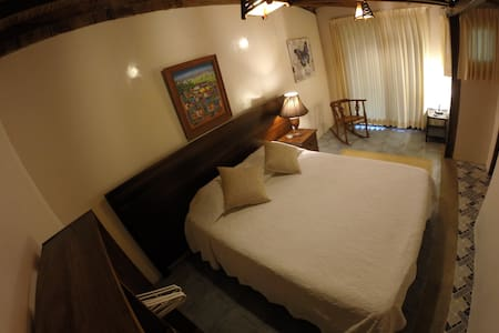 beachfront room in private resort - Montañita - Bed & Breakfast