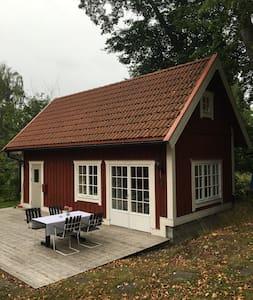 Resarö - Vaxholm - Gæstehus