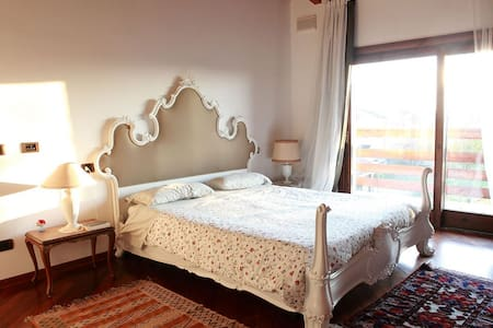 Camera Tortora - Breme - Bed & Breakfast