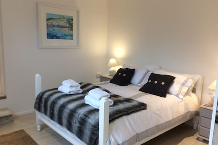 Anchor Studio & Sun Garden - Falmouth - Apartment