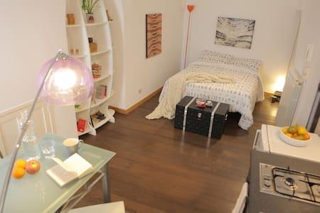 Casa Torre Ibernia - Tina Apartment - Apartemen